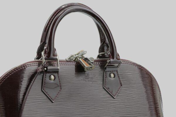 Sac à main Louis Vuitton Alma