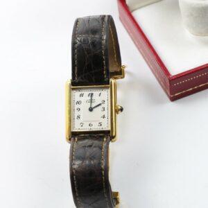 La montre Cartier must Tank