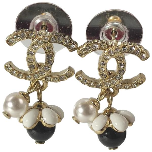 Boucles d'oreilles Chanel CC